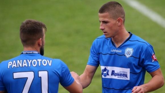 Двама българи сред най-опитните играчи от набор 2001