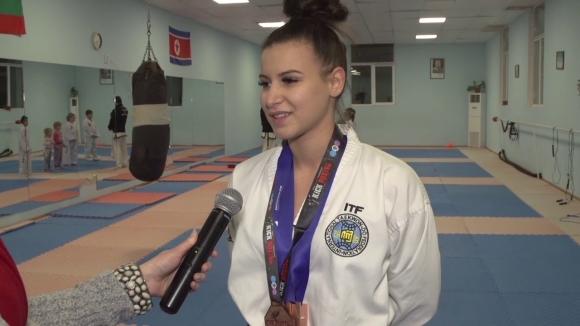 Перник даде почетно гражданство на шампионка по таекуон-до