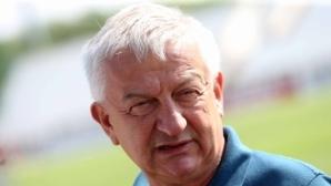 Крушарски: Ако ще сменяме Боби с Бербатов, мерси!