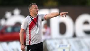 Треньорът на Локо (София) навърши половин век