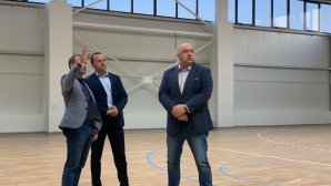 Министър Кралев: В Сандански вече има уникална мултифункционална спортна зала