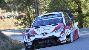От Танак сложи край на ерата на Ожие във WRC с първа титла, Нювил с победа в Испания