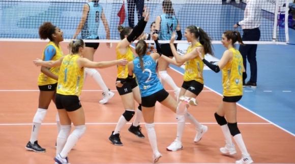 Гергана Димитрова и Нася Димитрова продължават победния си път в Турция