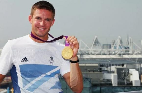 Шокираща новина! Трикратен олимпийски шампион се парализира от кръста надолу