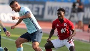 """Основен футболист на """"червените"""" се прибра в България, очакват го в игра до месец"""