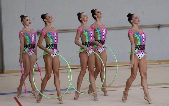 """""""Светът на златните момичета"""" ще събере един куп звезди в уникален спектакъл на 21 ноември в """"Арена Армеец"""""""