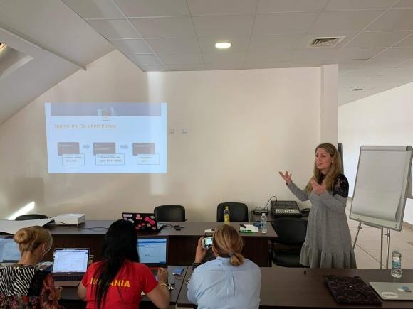 АРБС взе участие в семинар на Балканската атлетика
