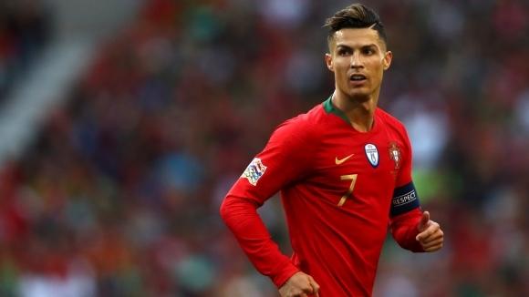 Фернандо Сантош увери, че Кристиано Роналдо е готов за мачовете на Португалия