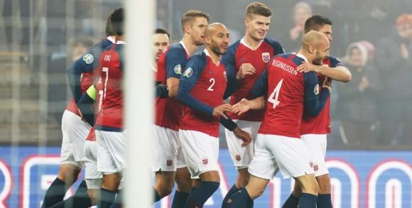 Норвегия постигна разгромна победа, но не зависи от себе си (видео)