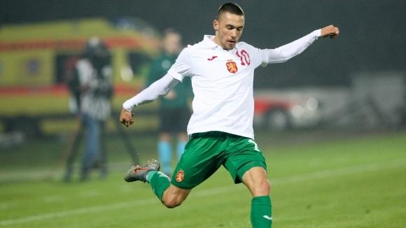 Селтик прати човек в България за звезда на Левски