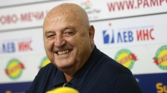 Венци Стефанов подкара Дерменджиев и целия национален тим на България (видео)