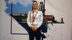 Емма Нейкова с бронз на сабя на турнира за Европейската купа в Истанбул