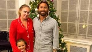 Дъщерята на Екълстоун остана по пижама и без грим (снимки)