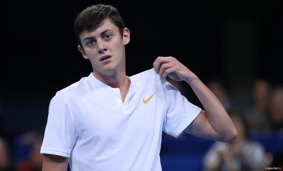 Симон Антъни Иванов е на 1/4-финал в Гърция, Лазаров отпадна
