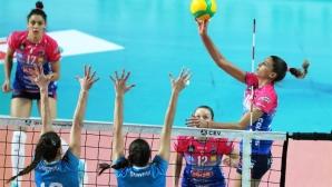 Ели Василева и Новара тръгнаха с разгром в Шампионската лига (снимки)