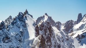 Двама френски алпинисти загинаха на Монблан
