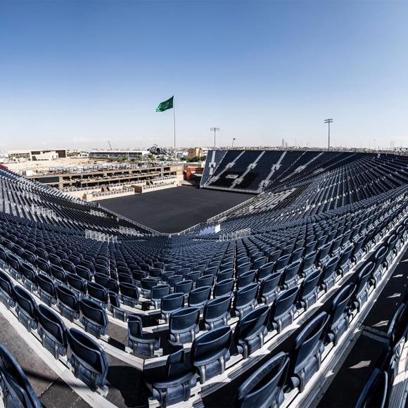 Арената на мегабитката Антъни Джошуа - Анди Руис е почти готова