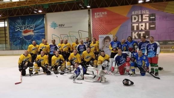 Ледени дяволи с второ място на турнир в Нови Сад