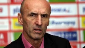 Египтяни биха шута на бивш треньор на ЦСКА, Славия и Литекс