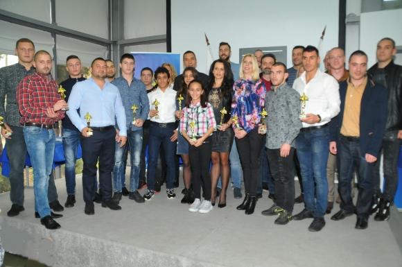 Световната шампионка с ансамбъла Стефани Кирякова е Спортист №1 на Бургас