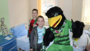 Пиренцо зарадва децата от Детско отделение в Благоевград