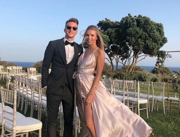 Марко Ройс се ожени контузен