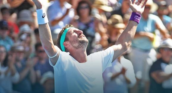 Тенис Сандгрен започна с победа защитата на титлата си в Оклънд