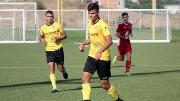 Аякс покани талант на Ботев (Пловдив)