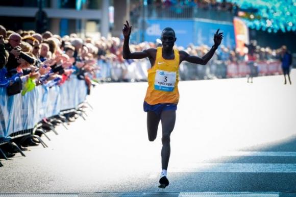 Още трима силни потвърдиха участие на Лондонския маратон