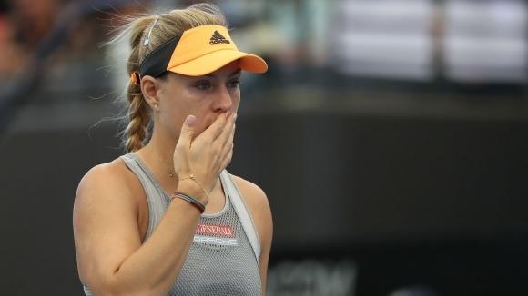 Кербер се контузи, под въпрос е за Australian Open