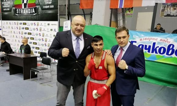 Категорична победа на Даниел Асенов на старта на