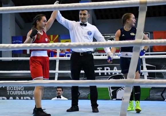 Мелис Йонузова също на полуфинал (видео)