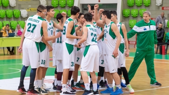 Отлично начало за Балкан U15 на Европейската младежка лига в Ботевград