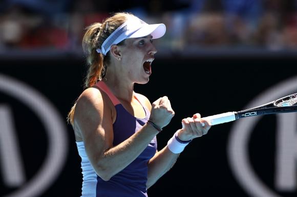 Единствената оцеляла шампионка продължава на Australian Open
