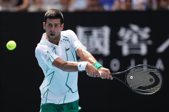 Джокович продължава в добро темпо защитата на титлата си на Australian open
