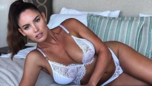 Секси спортистка стана еротичен модел (снимки)