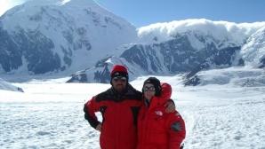 Българи изкачиха най-високия връх на Антарктида