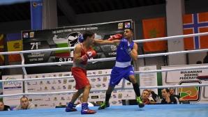 Боян Асенов с категорична победа (видео)