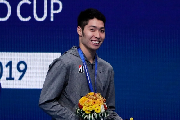 Олимпийският шампион Хагино: Плувах по-бавно от жените