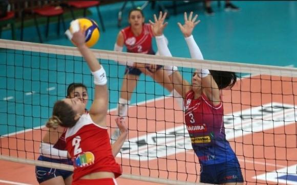Казанлък и Стара Загора приемат втория допълнителен турнир от женското волейболно първенство