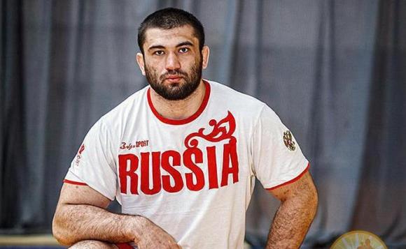 UFC се отрече от елитен борец
