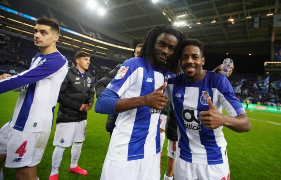 Порто не допусна изненада, предстои финал срещу Бенфика (видео)