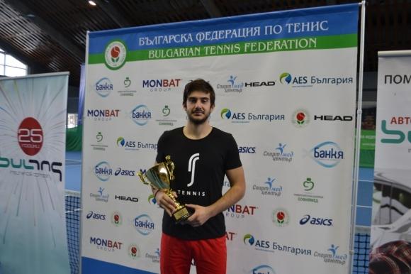 Пламен Милушев стана двоен шампион на Държавното в зала