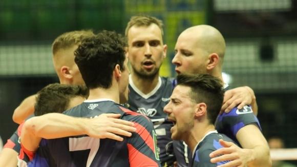 Йосифов и Монца спечелиха дербито с Аспарухов и Верона за втори път