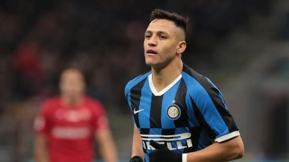 След Интер и Милан иска Алексис Санчес под наем