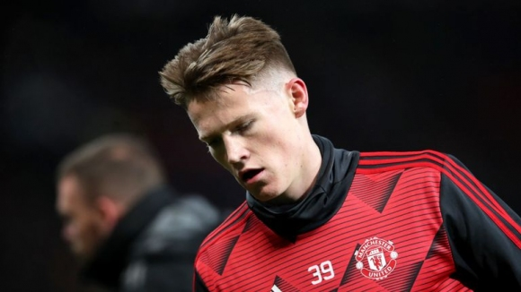 Мактоминей може да играе за Юнайтед срещу Норич