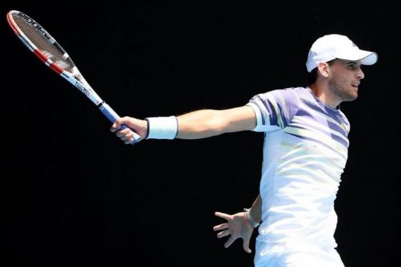 Тийм не успя да измести Федерер в ранглистата след загуба на 1/4-финалите в...