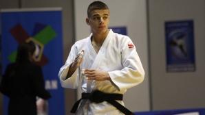 Темелков е на полуфинал на Големия шлем в Дюселдорф