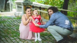 Търгът на Нина Рангелова запали плувните сърца за лечението на малката Ани