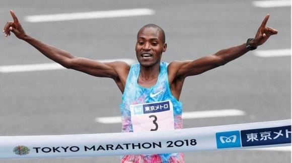 Чумба гони трета победа на маратона на Токио